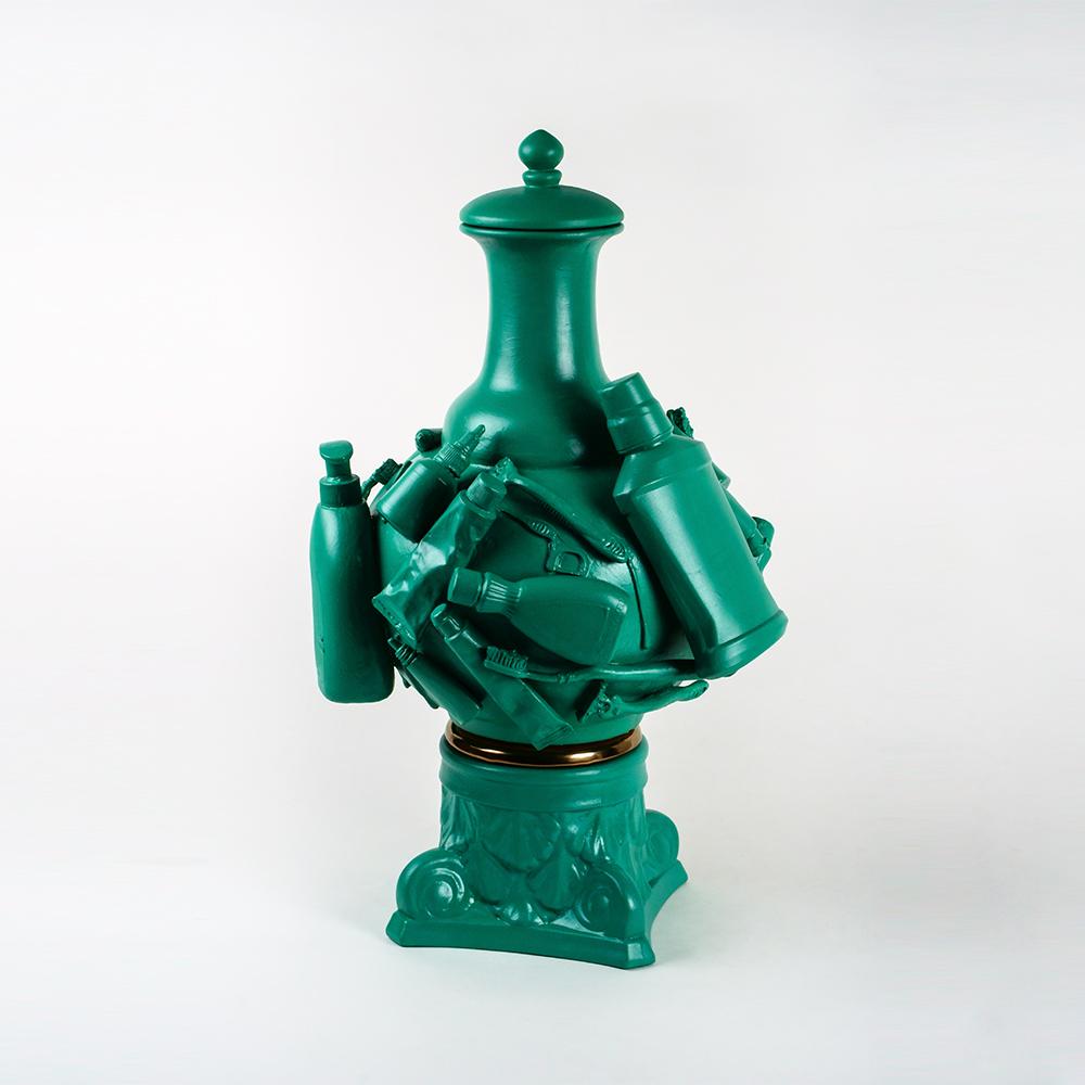 Shaun Hayes, You're So Vain, 2021, Glazed Midfire ceramic, 56 x 36 x 36 cm, Photo Bryna Bamberry