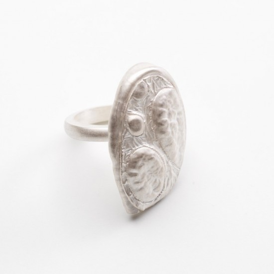 Ephemeral ring (oval)