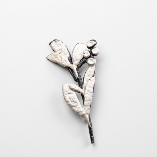 Flora Wattle brooch