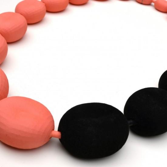 Pretty Peachy Necklace Squeaker series