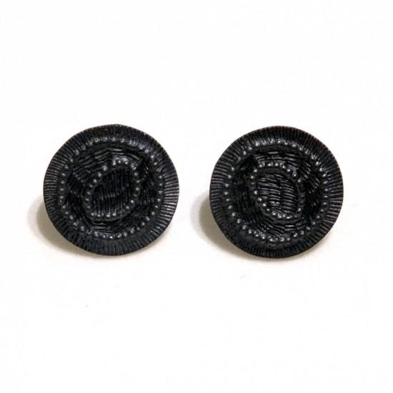 Remnant studs (black)