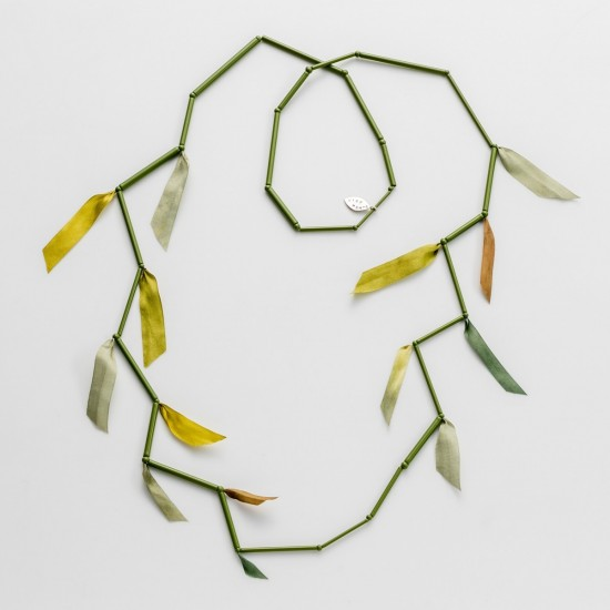 Wiry Panic Necklace