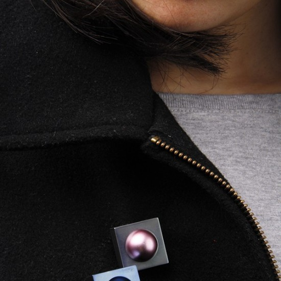 Binary Brooches: Convex and Convace